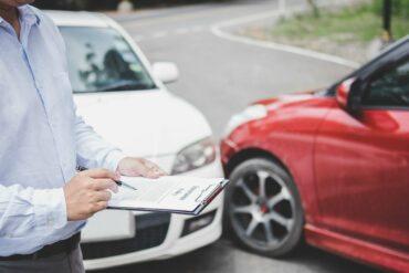 Bảo hiểm xe ô tô bắt buộc và tự nguyện, bạn đã nắm rõ chưa?